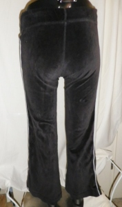 IMGP1239 Lululemon Dark Charcoal Grey Velour Pants White Piping Trim 260