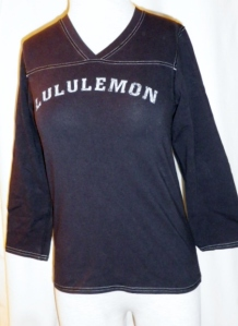 Lululemon Black V Neck Shirt Top Three Quarter Sleeves 379