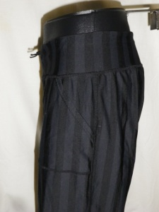 IMGP4159 Lululemon Wide Black Stripes Long Pants Waist Drawstring 381