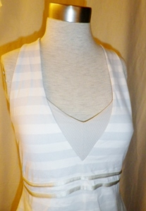 IMGP2496 Lululemon White Grey Striped Tank Top Criss Cross Back Straps 401