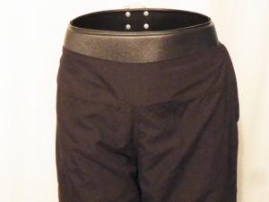 IMGP3277 Lululemon Black Crop Capri Pants Velcro Back Tabs 386