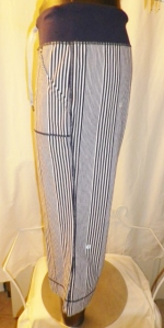 IMGP3494 Lululemon Deep Navy Amica Blue Stripe Crop Pants Waist Drawstring 438
