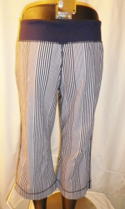 IMGP3498 Lululemon Deep Navy Amica Blue Stripe Crop Pants Waist Drawstring 438