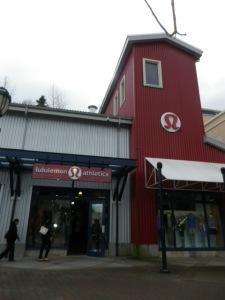 IMGP8250 Lululemon West Vancouver Park Royal Ivivva Retail Store