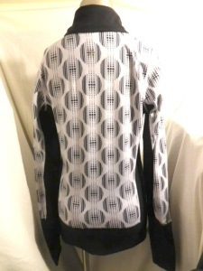 IMGP9480 Lululemon Black White Geometric Pattern Le She Bop Stride Zippered Jacket 573