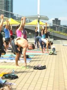 IMGP0551 Lululemon 2014 Free Nooner Summer Yoga Class Vancouver Olympic Cauldron Suzanne Slocum-Gori