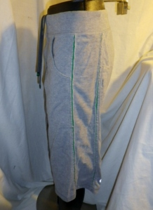 IMGP0457 Lululemon Mens Grey with Green Trim Drawstring Sweatshirt Long Shorts 579