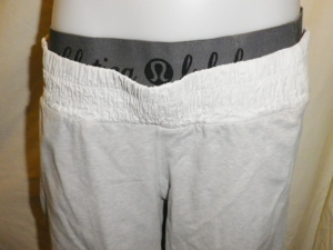 IMGP2451 Lululemon Off White Long Shorts with Shirred Waistband and Sides with Elastic Cuff Waist Band 630
