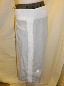 IMGP2453 Lululemon Off White Long Shorts with Shirred Waistband and Sides with Elastic Cuff Waist Band 630