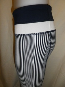 IMGP3126 Lululemon Deep Navy Amica Blue Stripe Groove Pants White and Navy Waistband 651